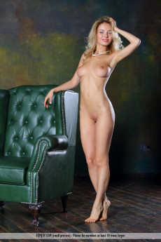 Blue Eyes Blonde Woman Naked