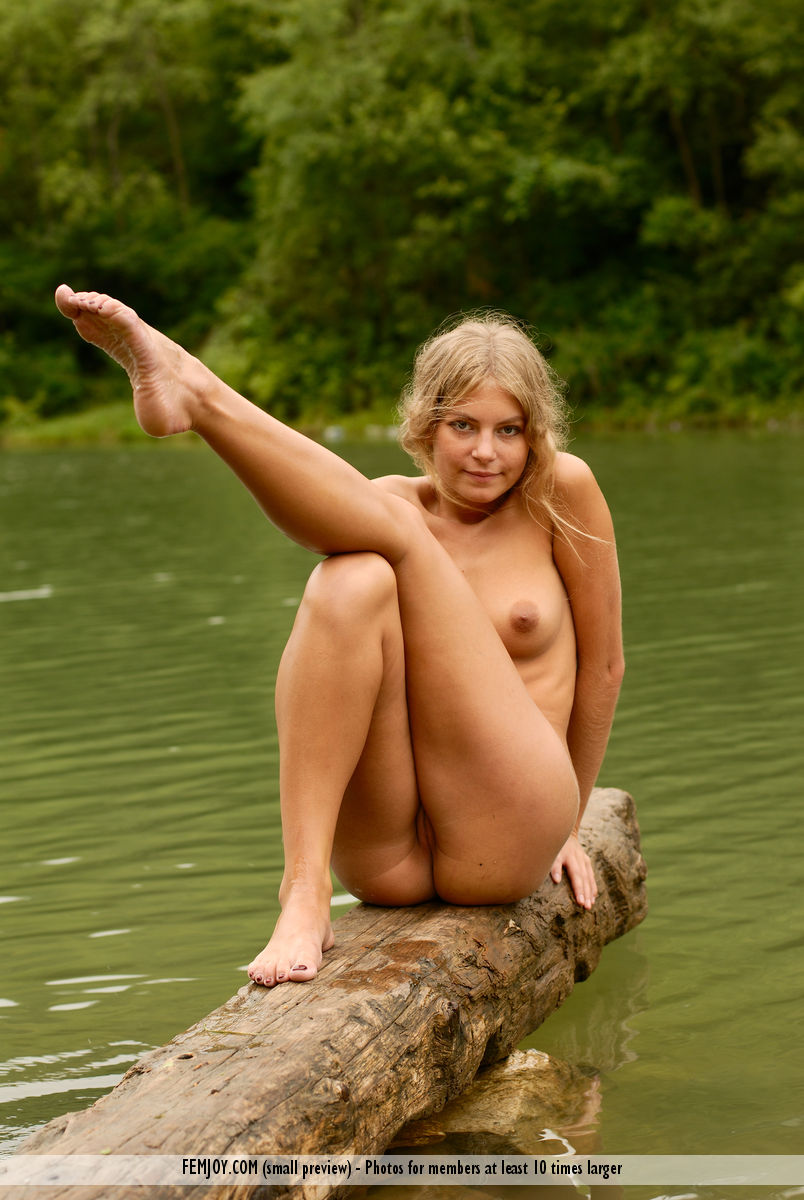 Nude female models posing