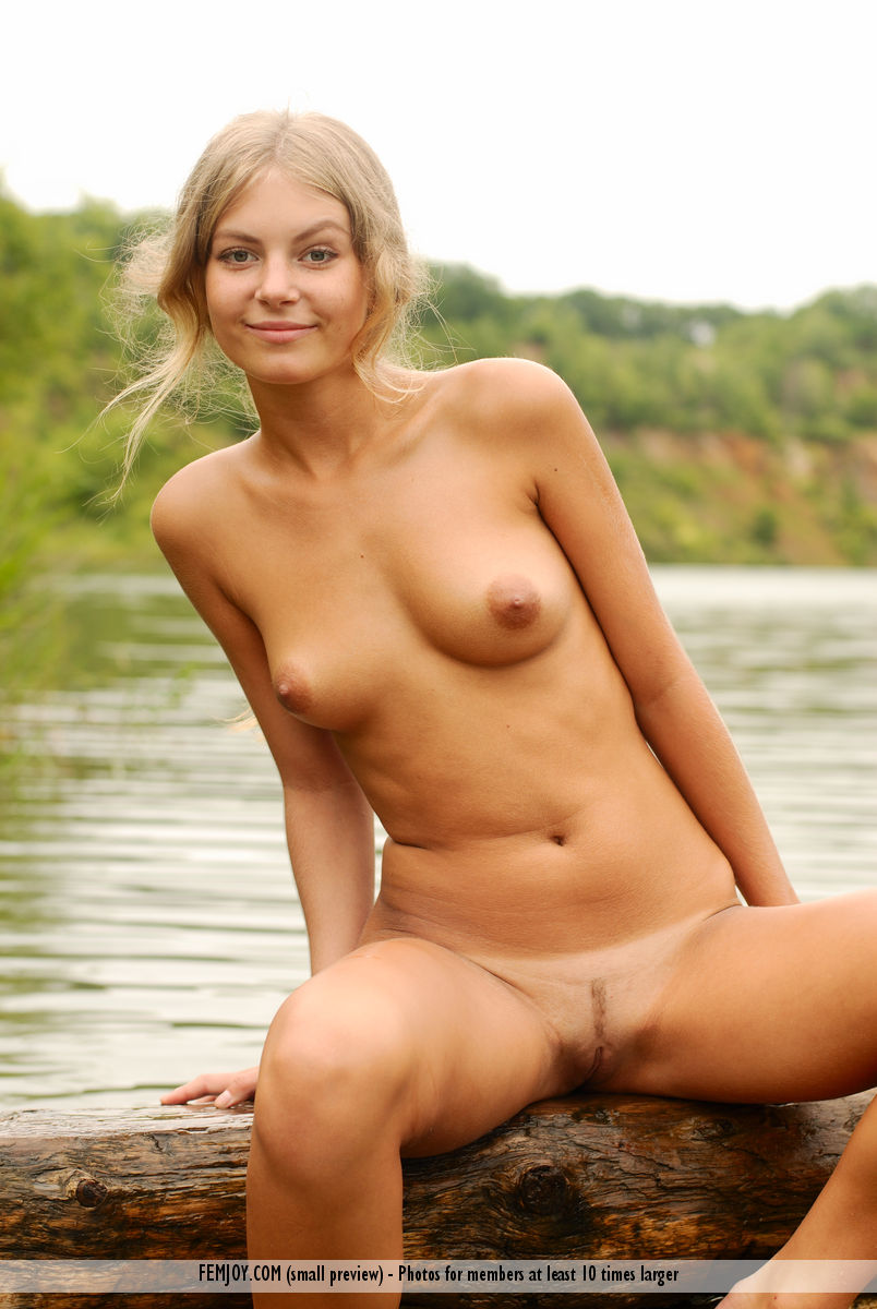 from Dash women nude at river