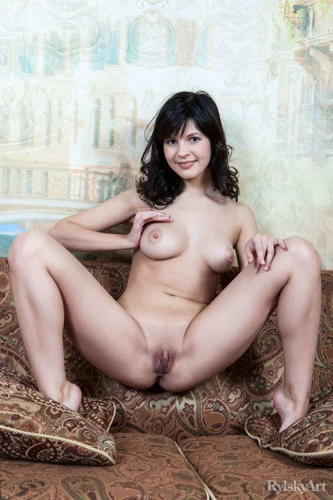 Black Haired Woman Naked  Hot Girls Db-4936