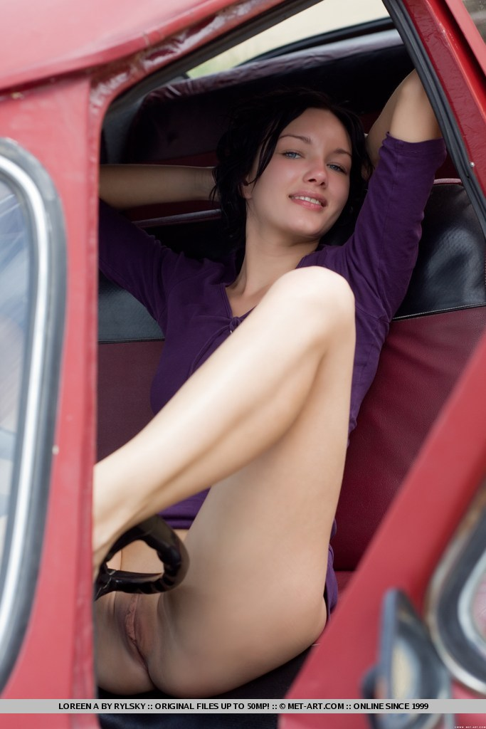 Naked Woman In Old Car » Hot Girls DB