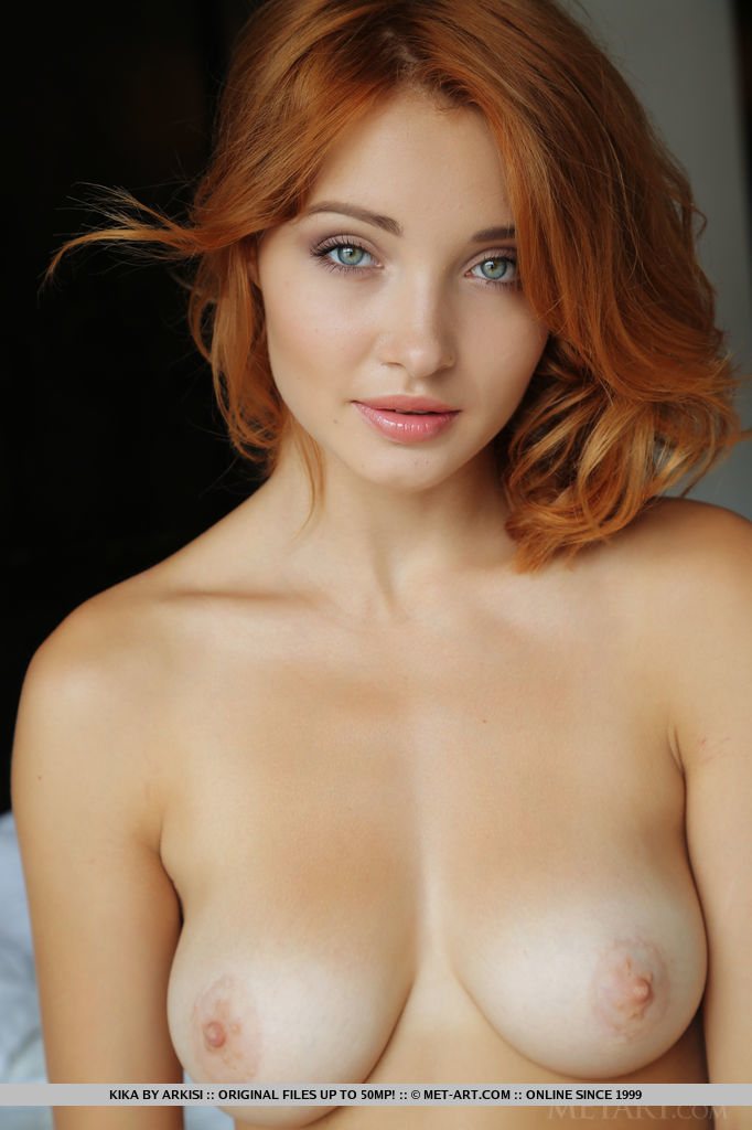 Hot redhead boobs