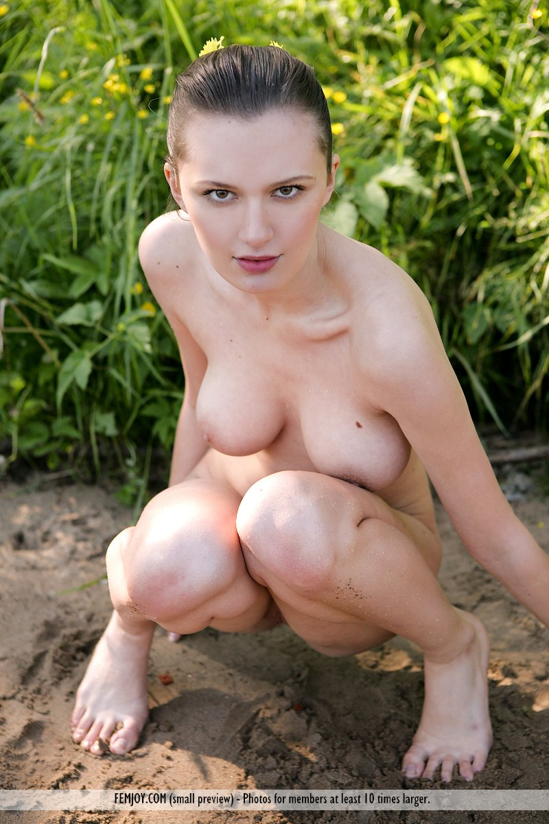 Nubiles Wiki Sexy Naked Big Breasted White Girls